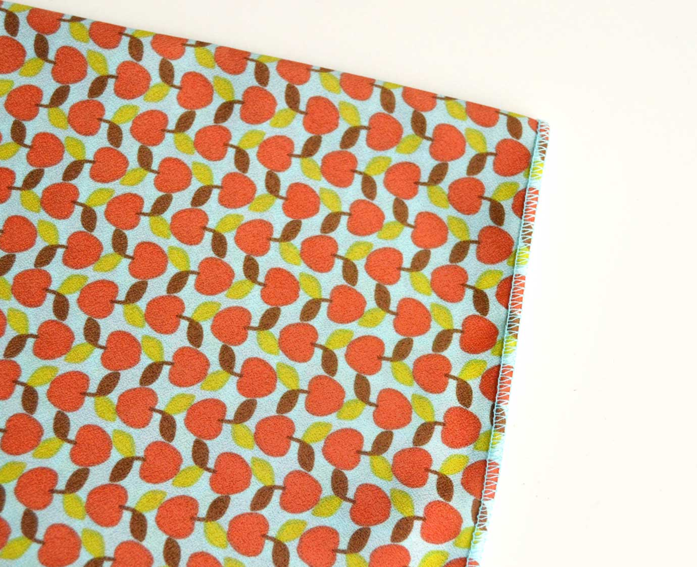 Petit scarf 'Apple'
