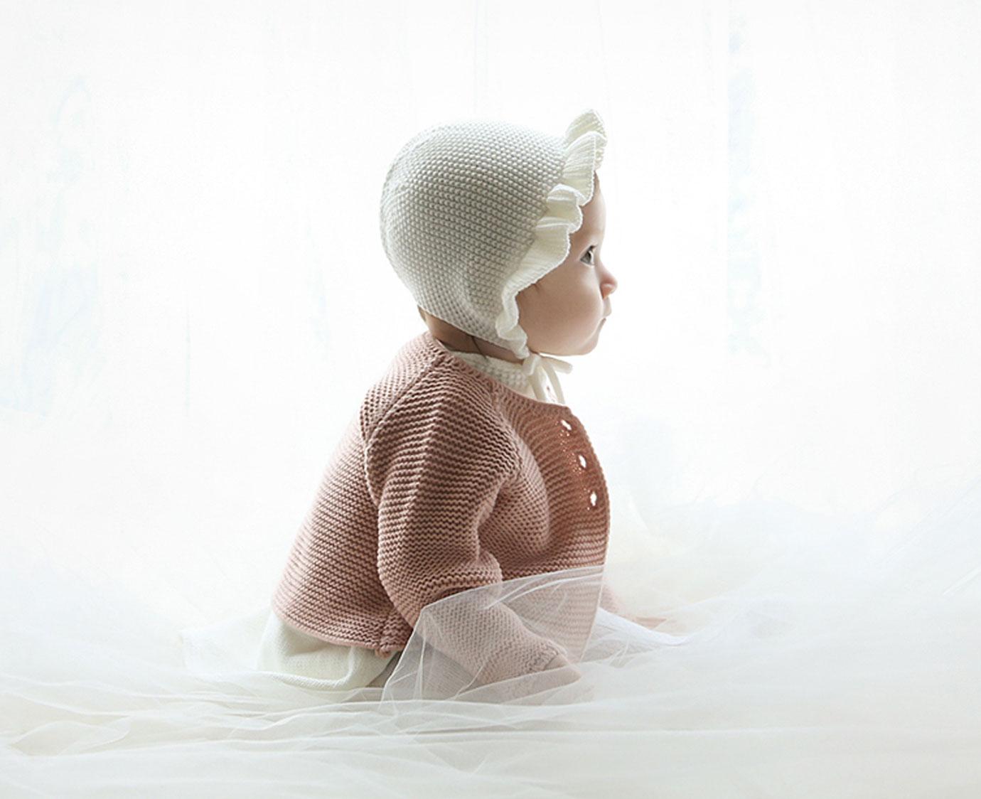 Babymuts 'Rosen Knit'