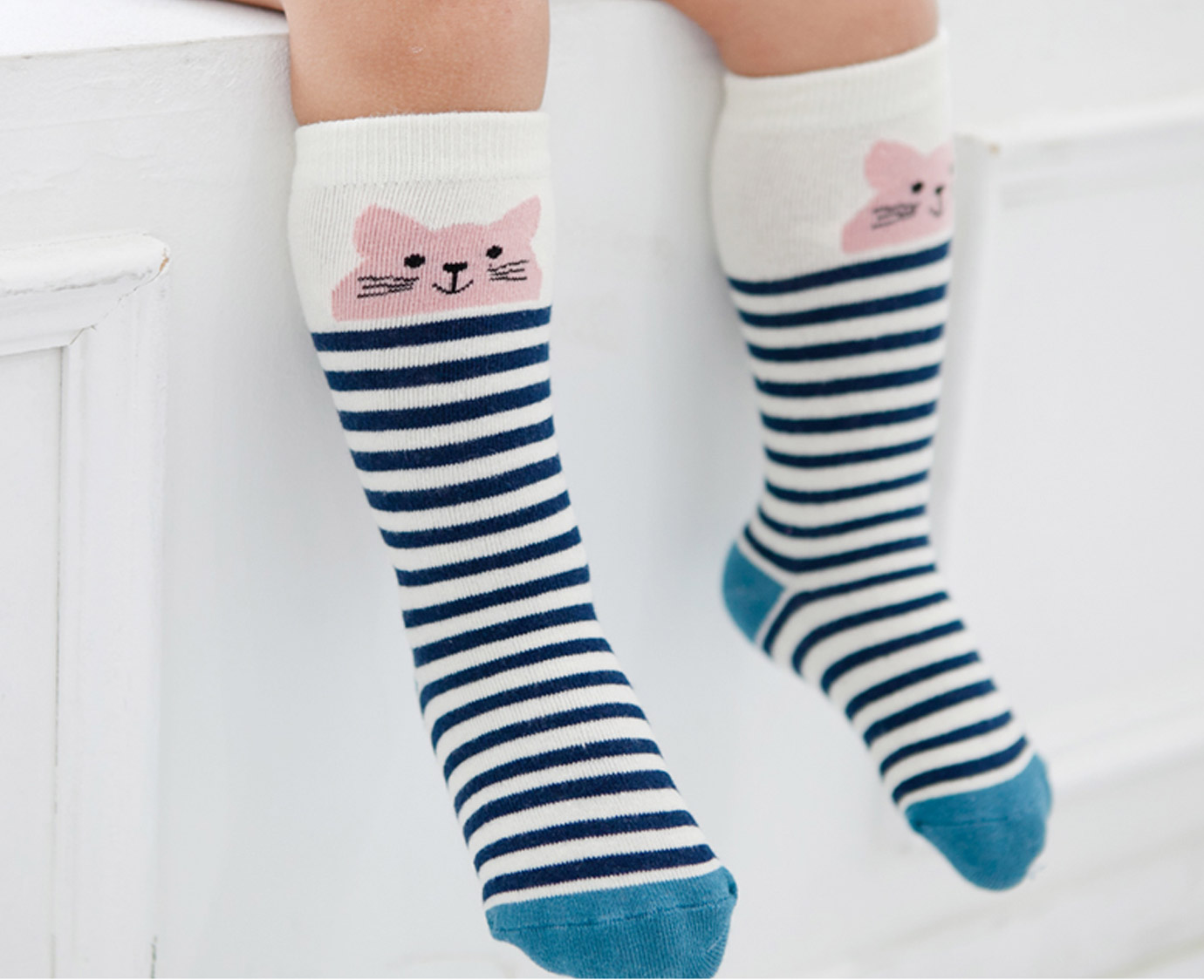 Kniekousen 'Cat Blue stripes'