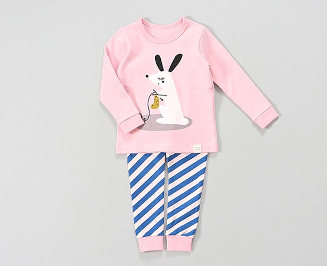 Pyjama 'Knitting Rabbit'