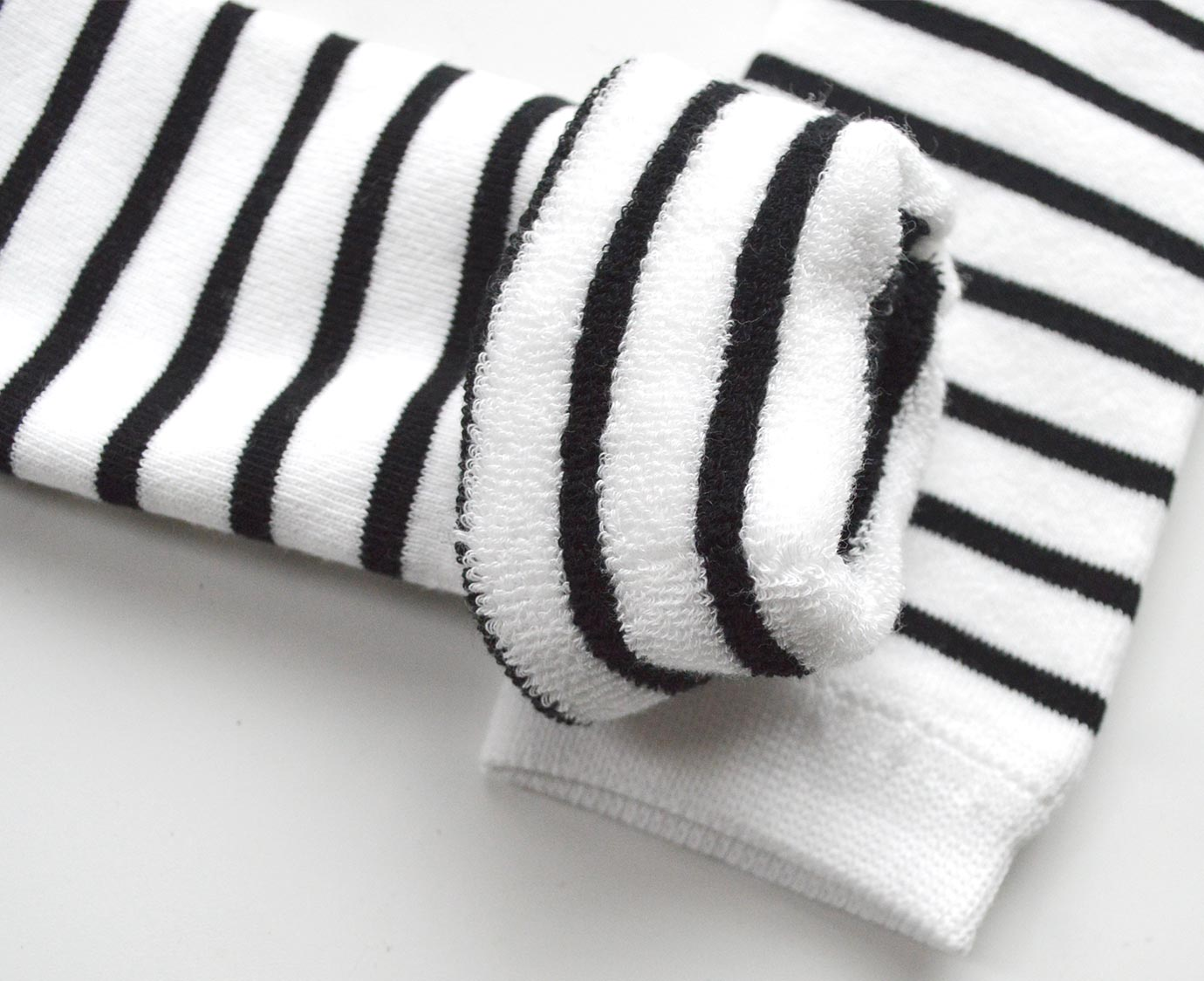 "Beenwarmers ""Stripe black"""