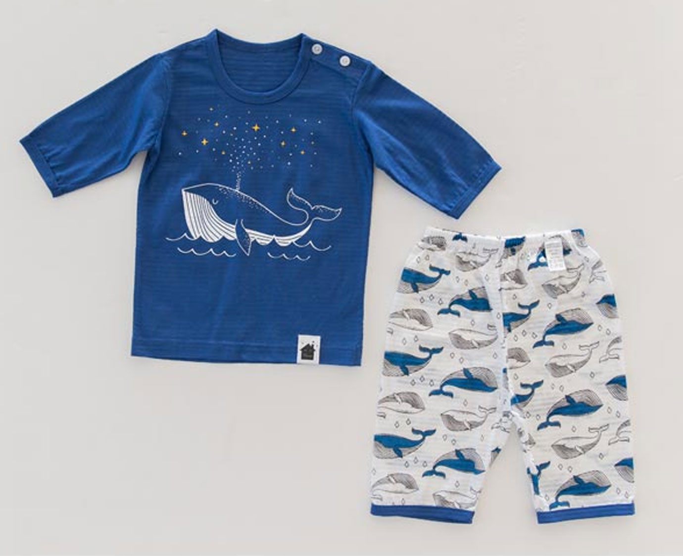 Pyjamasetje 'Sparkling whale'