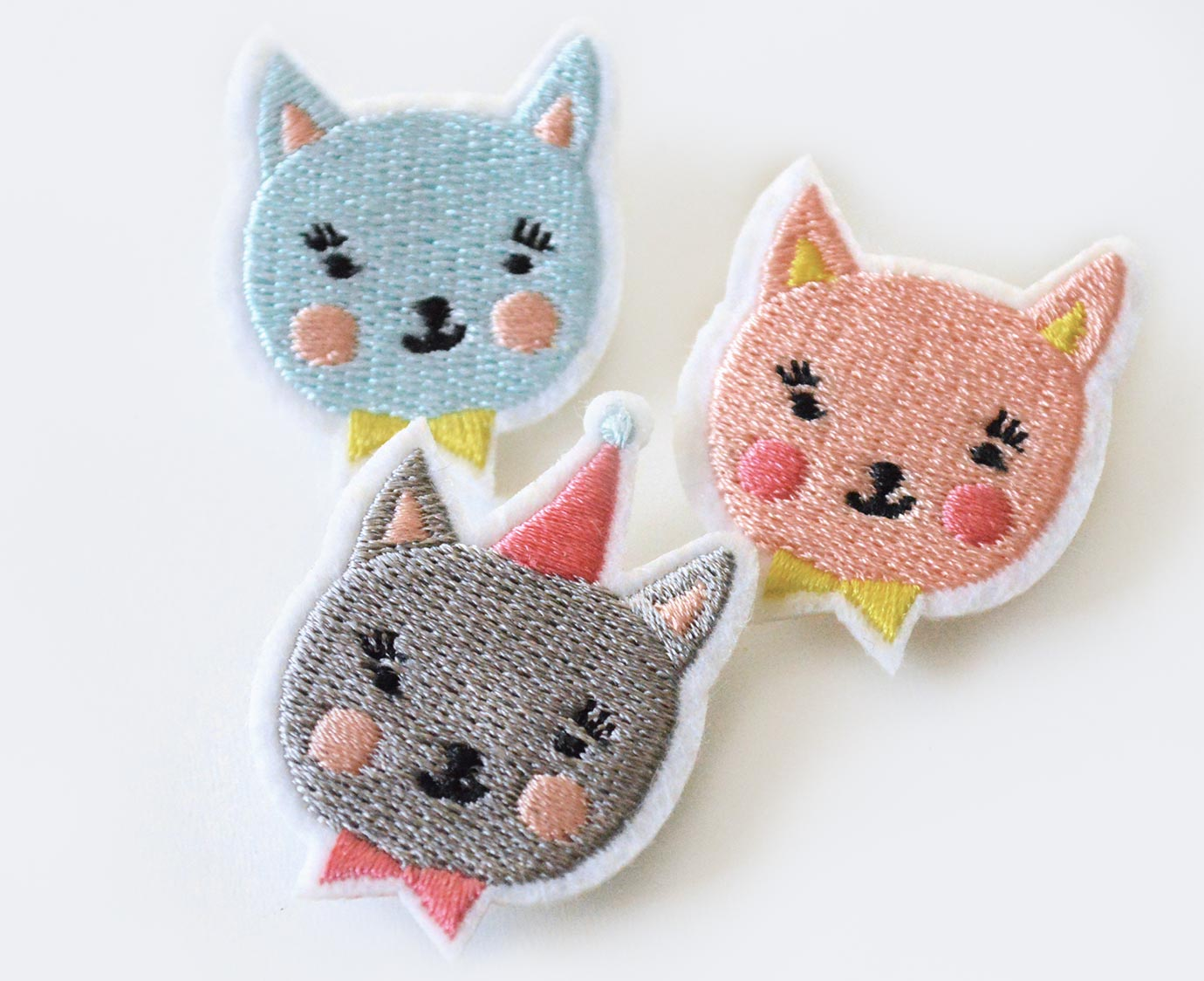"Broche ""Party Cat"""