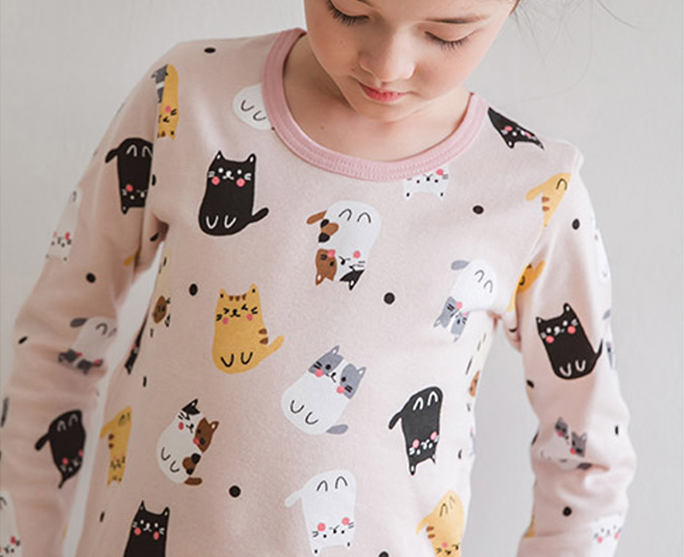 Pyjama 'Dot Cat' kleur