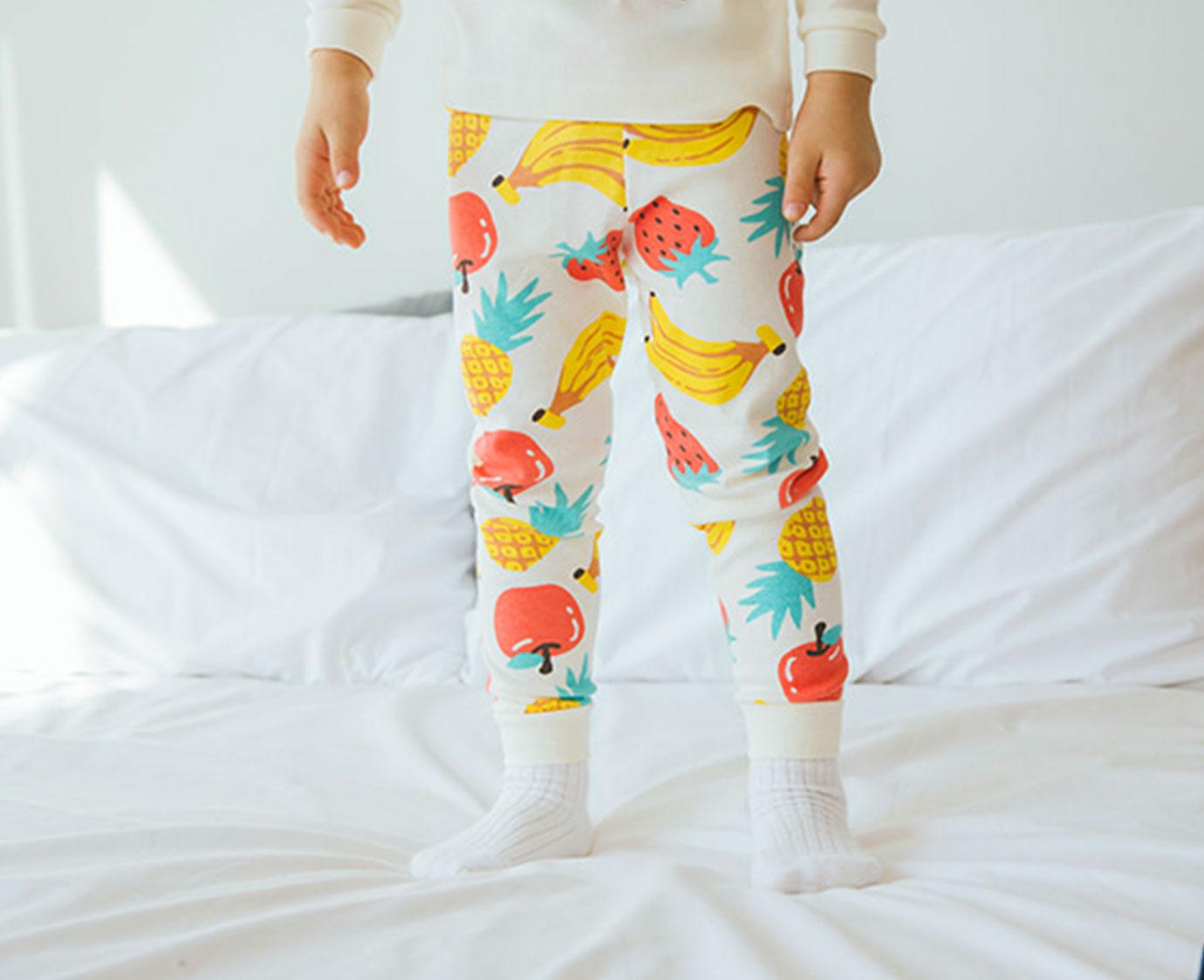 Organic Pyjama 'Fruits Lion'