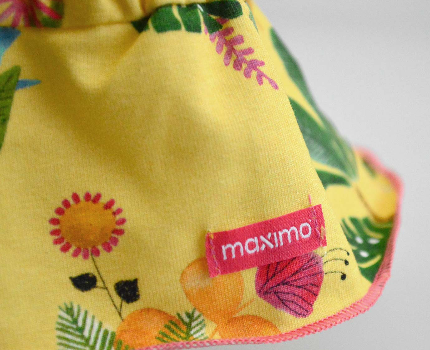 Babymuts 'Yellow summer'