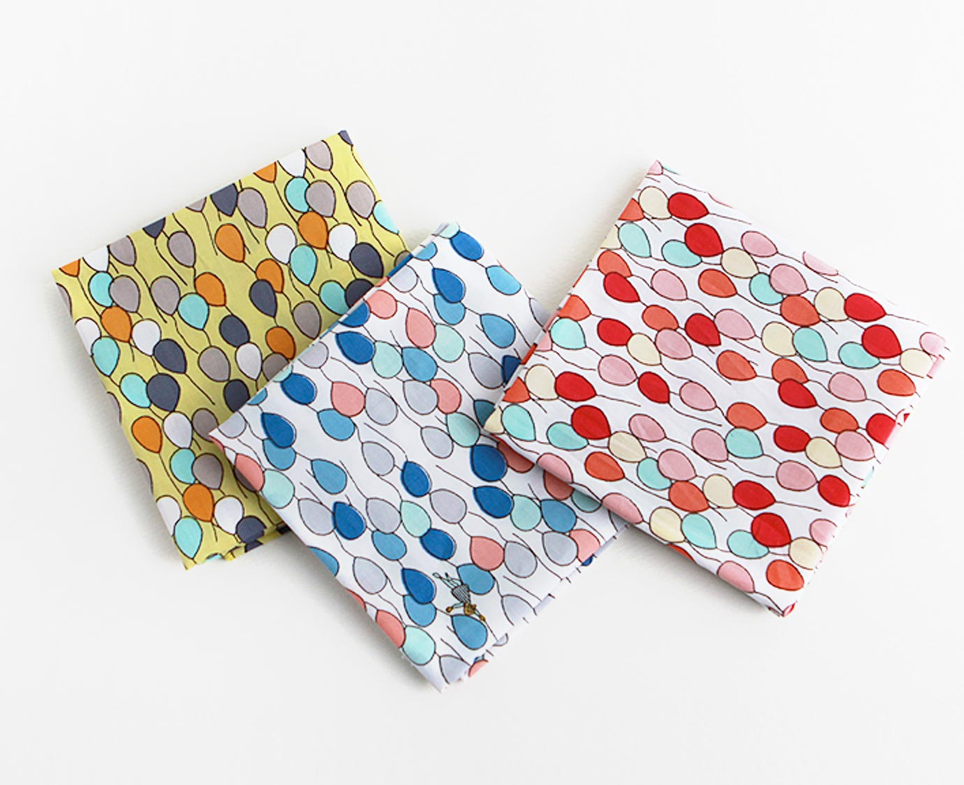 Petit scarf 'Balloon' kleur